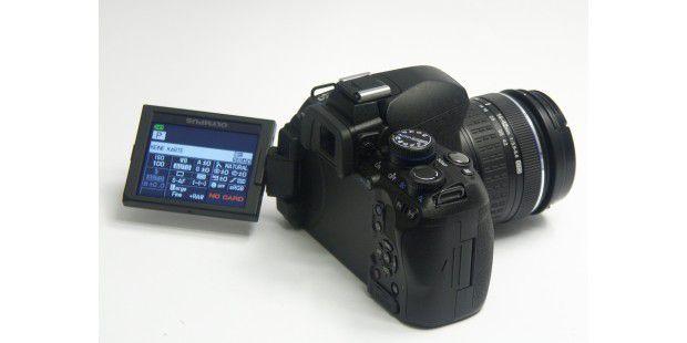 test olympus e 620 digitale spiegelreflexkamera mit schwenkbaren display macwelt. Black Bedroom Furniture Sets. Home Design Ideas