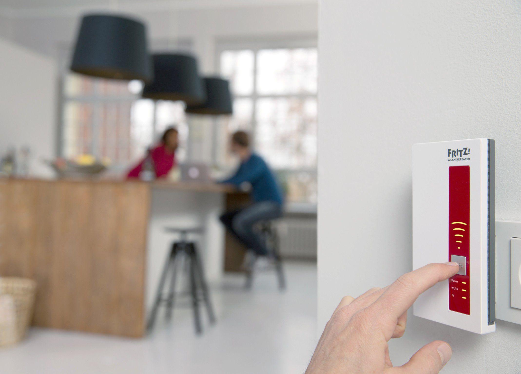 dlan oder wlan powerline netzwerk aus der steckdose macwelt. Black Bedroom Furniture Sets. Home Design Ideas