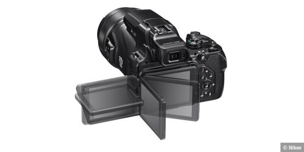 Nikon Coolpix P1000 mit schwenkbarem Display