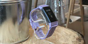 Fitbit Charge 3: Fitnesstracker ohne Schnickschnack